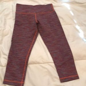 Lululemon great condition size 6 wunder unders